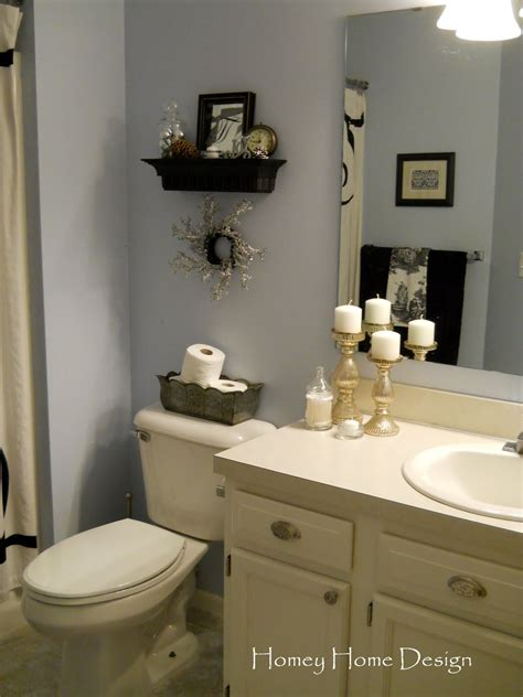 Toilet Decor by Homey Home Design In The Bathroom