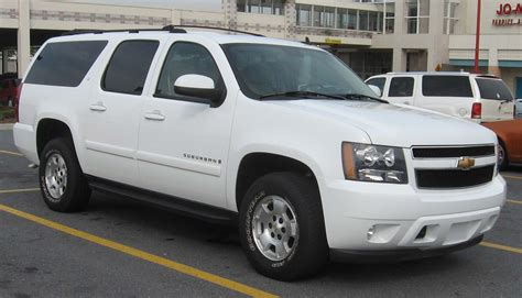 how do cars engines work 2008 chevrolet suburban 1500 security system file 07 08 chevrolet suburban lt jpg wikimedia commons