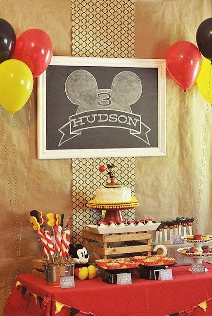 party themes classic classic mickey mouse party ideas minnie mouse party