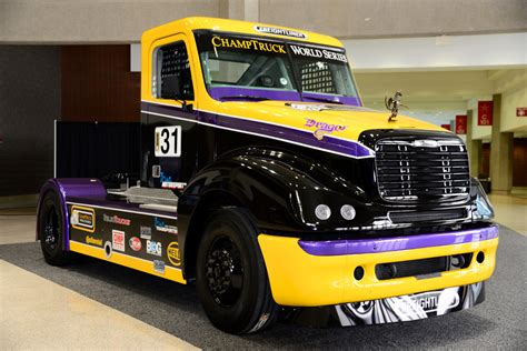 trucks racing team oliver racing