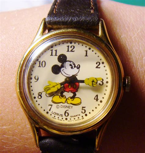 vintage s disney mickey mouse brown leather