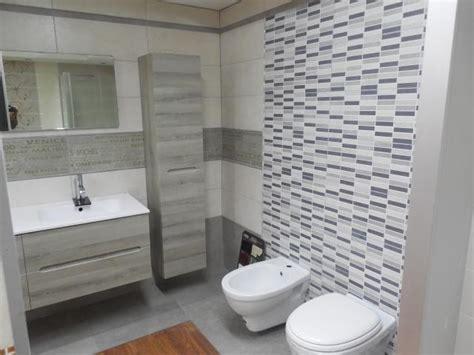 piastrelle bagno offerte arredo bagni napoli offerte farina ceramiche bagno completo