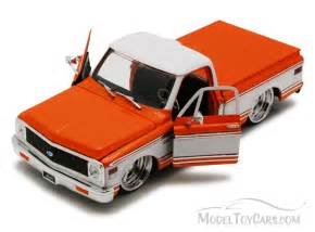 1972 chevrolet cheyenne truck orange toys