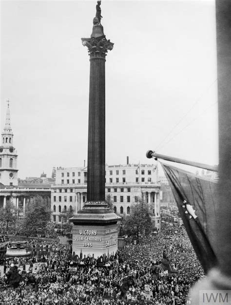 VE DAY CELEBRATIONS IN LONDON, ENGLAND, 8 MAY 1945