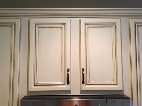 Paint For Kitchen Cabinet Doors Painting Kitchen Cabinets Before After Mr Painter Paints Kitchen Cabinets