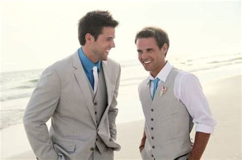beach wedding outfit men - 20 Beach Wedding Looks for Grooms &amp ...