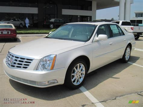 Cadillac Dts Platinum by 2011 Cadillac Dts Platinum In White Tricoat