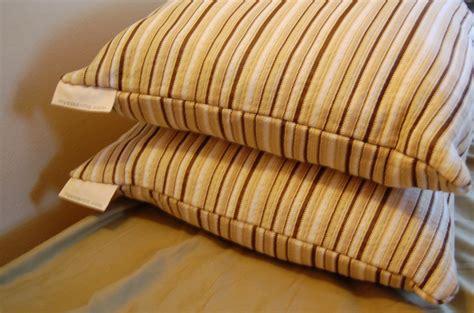 essentia bed eco friendly non toxic memory foam pillows essentia review