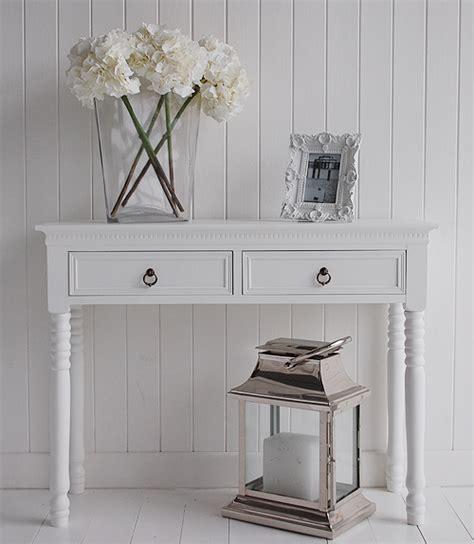 White Hallway Table Furniture Keep Hallways Tidy