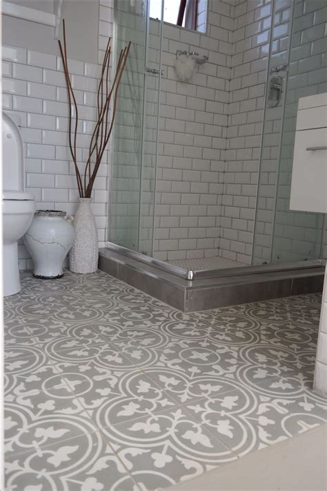 tiling a bathroom floor on concrete 25 best ideas about cement tiles on pinterest encaustic