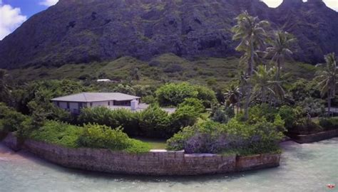 obama buys house in hawaii snopes obama concedes global warming is a hoax buys hawaii