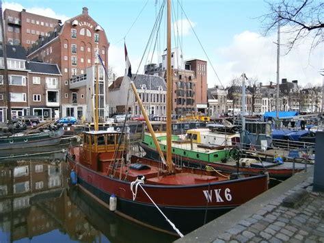 houseboat groningen the netherlands houseboats noorderhaven groningen qua vac