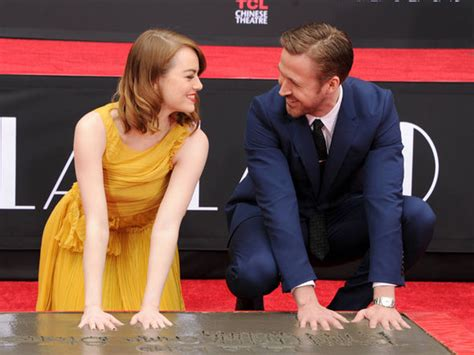 emma stone and ryan gosling ryan gosling and emma stone get their hands dirty at la la