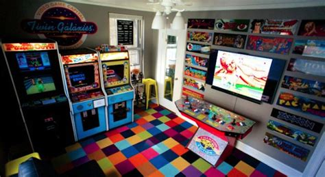 Apartment Bedroom Ideas nyc gamer turns bedroom into retro arcade loses fiancee