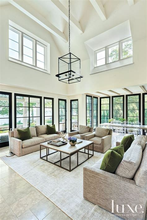 modern family living room 25 best ideas about contemporary family rooms on pinterest