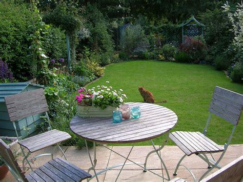 25 Cottage Garden Designs Decorating Ideas Design Small Cottage Garden Design Ideas