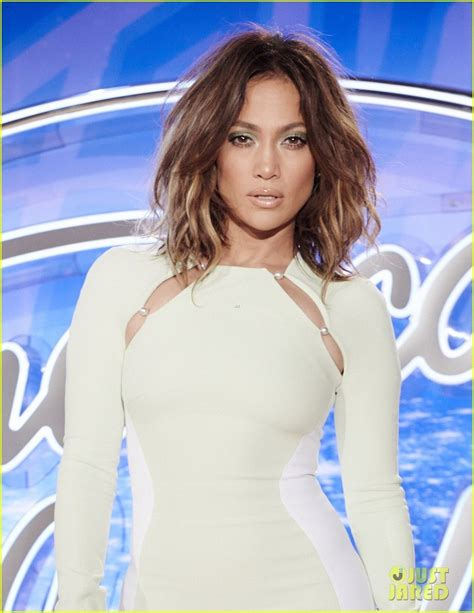 j lo american idol hairstyles jennifer lopez stuns in tight dress at american idol