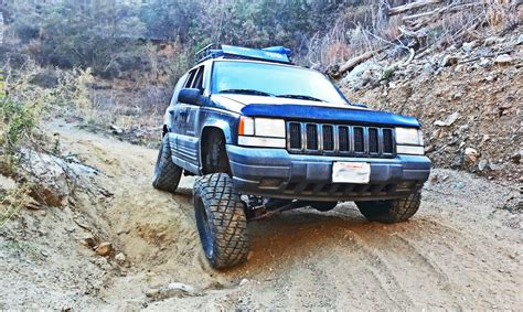 lifted jeep grand cherokee zj lift kit 1993 98 jeep grand cherokee zj lift kit