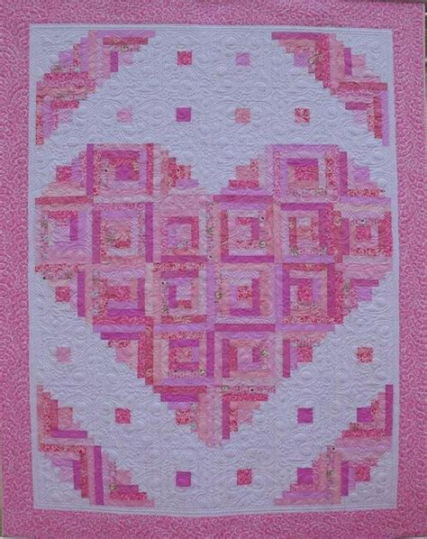 pattern for log cabin heart quilt 429 best log cabin quilts images on pinterest
