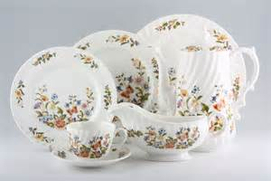 Aynsley Cottage Garden Dish - buy aynsley cottage garden swirl shape 21 lines in stock plates bowls serving items tea