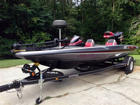 stratos boats 189 vlo for sale 2015 used stratos 189 vlo bass boat for sale 36 200