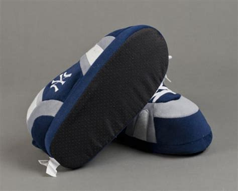 yankees slippers new york yankees slippers sports team slippers