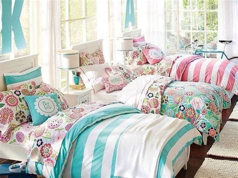 triplets in their bedroom best 25 triplets bedroom ideas on pinterest kids canopy