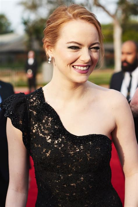 emma stone golden globes emma stone golden globe awards 2018 in beverly hills