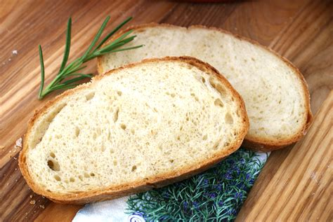 crusty bread with yogurt and honey