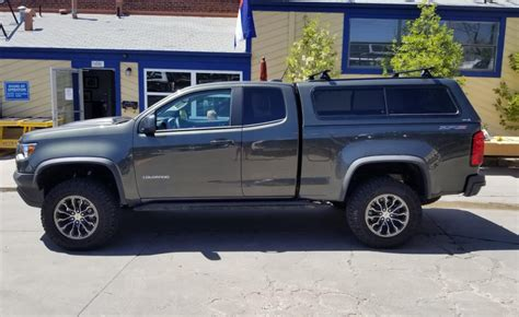 chevy colorado   series topper yakima rack suburban toppers