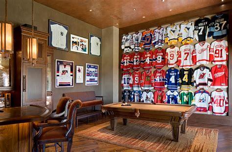 framed jerseys  sports themed teen bedrooms