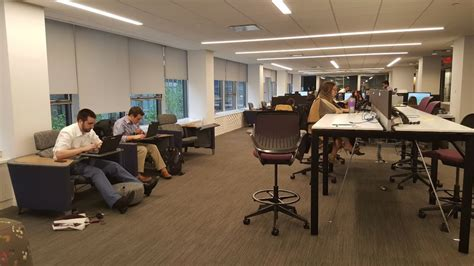 Grant Thornton Chicago Office by Common Work Area Grant Thornton Office Photo Glassdoor