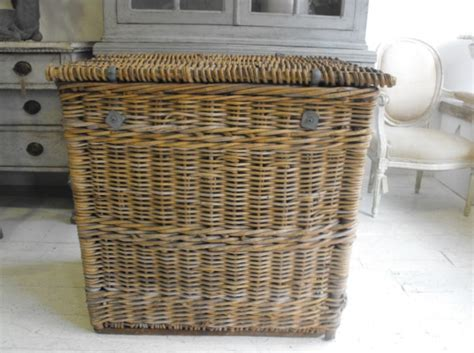 Bamboo Laundry Hers Wicker Laundry Her Corner Wicker Laundry Her With Lid Rattan Wicker Style Corner Laundry