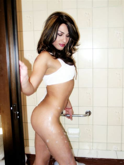 bathroom tranny 13 best images about jenny tgirl on pinterest sexy to