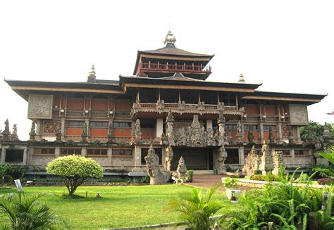 indonesia museum wikipedia