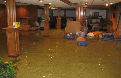 what does flood insurance cover in the basement does homeowners insurance cover water damage