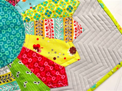 Machine Quilting For Beginners by Machine Quilting Patterns For Beginners Stitch In The
