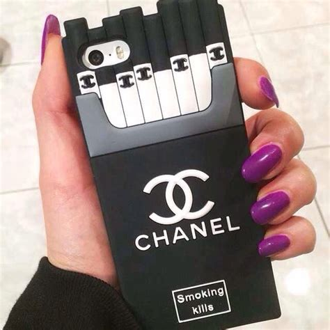 Hardcase Chanel Make Up Shining Cover Samsung Galaxy J1 Ace chanel kills silicone back cover for iphone 5