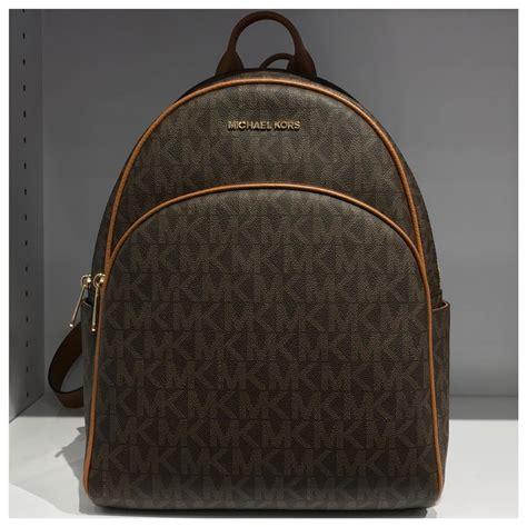 Tas Michael Kors Original Mk Medium Backpack Sign Brown michael kors nwt mk large backpack on tradesy