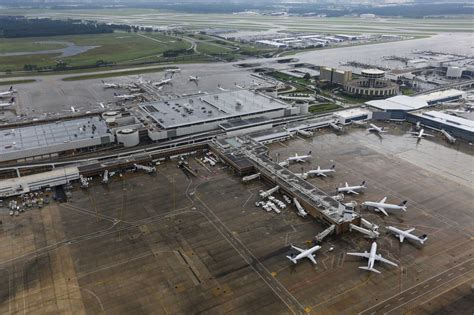 terminal  reopens  bush airport  mans claims