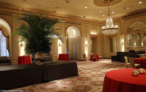 the room astoria new york city s waldorf astoria closing for major makeover