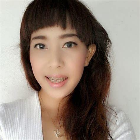 Lipstik Revlon Ori beware of cosmetics palette