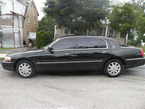 2005 Lincoln Town Car Related Infomation Specifications