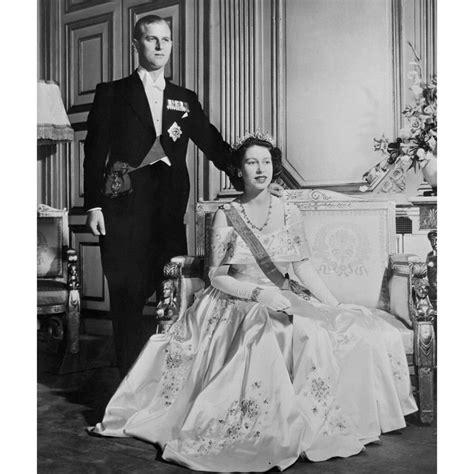 hochzeitskleid der queen k 246 nigin elizabeth am tag ihrer hochzeit bilder madame de