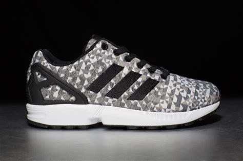 adidas originals zx flux weave ftwr white core black