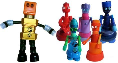 Exceptionnel Du Bout Du Monde Meubles #3: robots-bouchons-plastiques.jpg