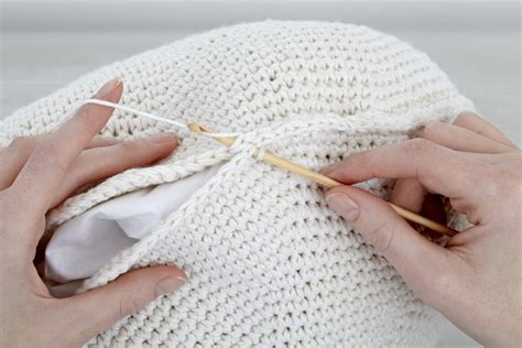 Crochet Pattern For Armchair Covers How To Hold A Crochet Hook Right And Left Handed