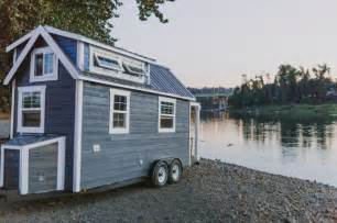 Little House On Wheels Live A Big Life In A Tiny House On Wheels