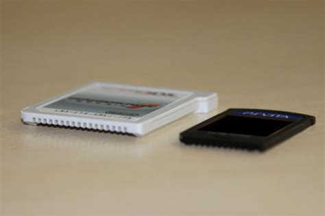 Kualitas Bagus Cartridge 10 In 1 Ps Vita here s how ps vita cases stack up against ds psp ps3 xbox system wars gamespot