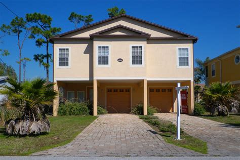 houses in florida to buy homes for sale in tavares fl is 2016 a good time to buy movoto